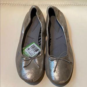 Sanuk Ballet style shoes